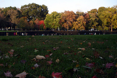 The Vietnam Wall - Washington, DC ... October 22, 2006 ... Photo by Rob Page III