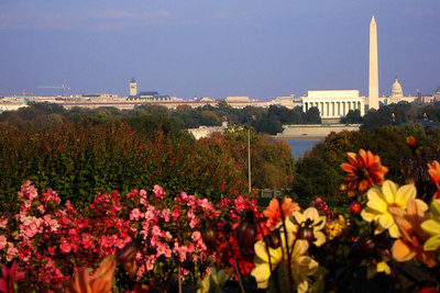 Washington, DC ... October 22, 2006 ... Photo by Rob Page III