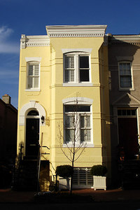 DC Townhouse - Washington, DC ... October 31, 2006 ... Photo by Rob Page III