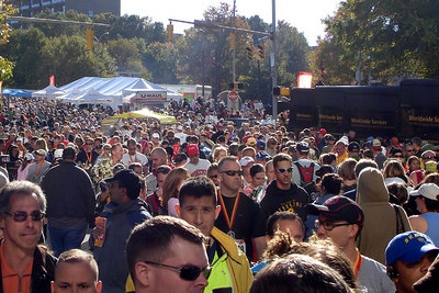 The Marine Corp Marathon - Arlington, VA ... October 29, 2006 ... Photo by Rob Page III