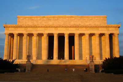 The Lincoln Memorial at sunrise on Veteran's Day - Washington, DC ... November 11, 2006 ... Photo by Rob Page III