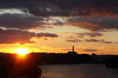 Sunrise over the city - Washington, DC ... October 28, 2007 ... Photo by Rob Page III