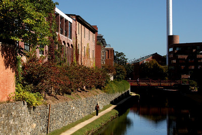 Along the C&O Canal - Washington, DC ... October 12, 2008 ... Photo by Rob Page III