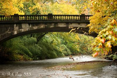 Down along Rock Creek - Washington, DC ... October 27, 2009 ... Photo by Rob Page III