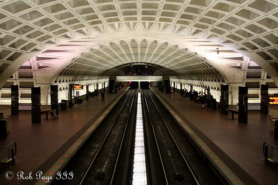 L'Enfant Plaza - Washington, DC ... February 7, 2010 ... Photo by Rob Page III