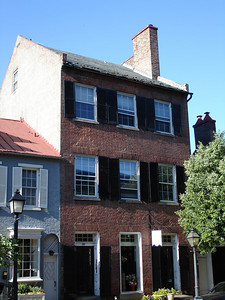 A colonial era house - Alexandria, VA ... May 28, 2005 ... Photo by Rob Page III