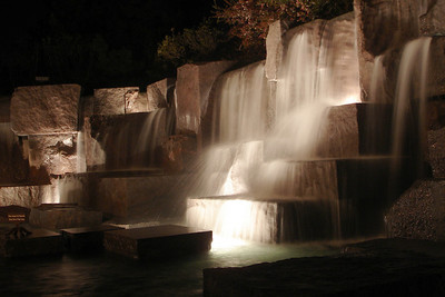 The waterfalls at the FDR - Washington, DC ... April 2, 2007 ... Photo by Rob Page III