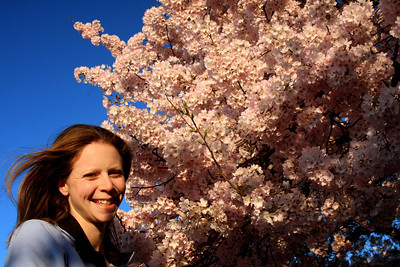 Emily enjoying the beautiful day - Washington, DC ... April 4, 2009 ... Photo by Rob Page III