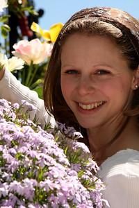 Emily loves spring time - Washington, DC ... April 18, 2009 ... Photo by Rob Page III