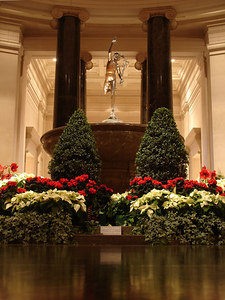 Inside the National Gallery of Art - Washington, DC ... December 10, 2005 ... Photo by Rob Page III