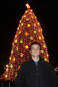 Pedro and the National Christmas Tree - Washington, DC ... December 28, 2006 ... Photo by Rob Page III