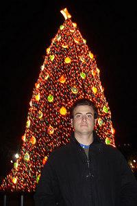 Pedro and the National Christmas Tree - Washington, DC ... December 28, 2006 ... Photo by Rob Page III