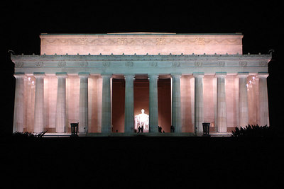 The Lincoln Memorial - Washington, DC ... January 8, 2007 ... Photo by Rob Page III