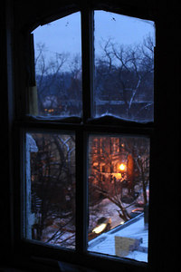 A snowy day takes over DC.  The view out my window - Washington, DC ... February 13, 2007 ... Photo by Rob Page III