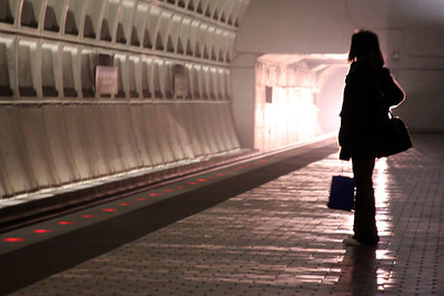 Waiting for the Metro - Washington, DC ... February 1, 2009 ... Photo by Rob page III