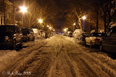 The snow on the streets of Mount Pleasant two days after the snowstorm - Washington, DC ... December 21, 2009 ... Photo by Rob Page III