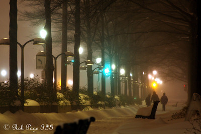 Walking along Pennsylvania Avenue in the snowstorm - Washington, DC ... December 19, 2009 ... Photo by Rob Page III