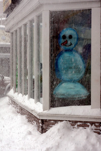 The snowman is happy and wants to play in the snow - Washington, DC ... December 19, 2009 ... Photo by Rob Page III