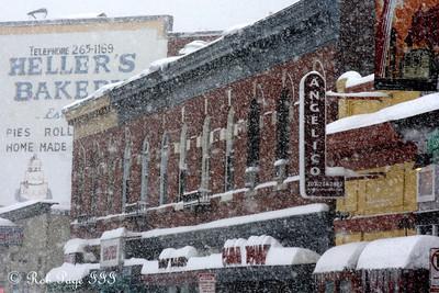 Mt. Pleasant - Washington, DC ... December 19, 2009 ... Photo by Rob Page III