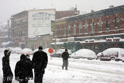 The snow falls in Mt. Pleasant - Washington, DC ... December 19, 2009 ... Photo by Rob Page III
