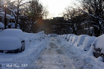 The morning after the storm - Washington, DC ... December 20, 2009 ... Photo by Rob Page III