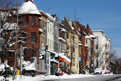 Adams Morgan - Washington, DC ... December 20, 2009 ... Photo by Rob Page III