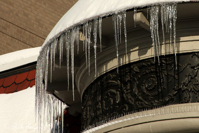 Icicles - Washington, DC ... December 20, 2009 ... Photo by Rob Page III