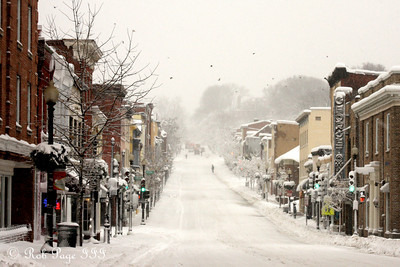 A snowy Wisconsin Avenue - Washington, DC ... February 6, 2010 ... Photo by Rob Page III