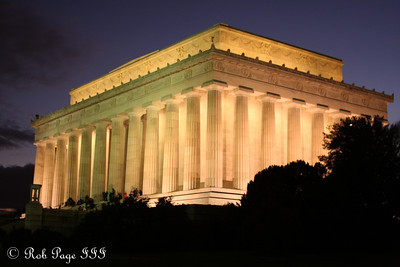 The Lincoln Memorial - Washington, DC ... December 31, 2011 ... Photo by Rob Page III