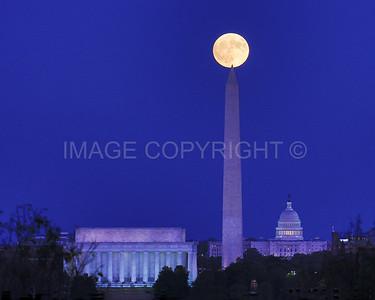 Full Moonrise over the Washington Monument