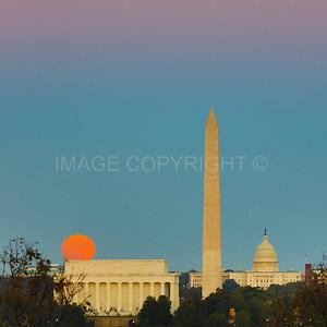Full Moonrise over Lincoln Memorial