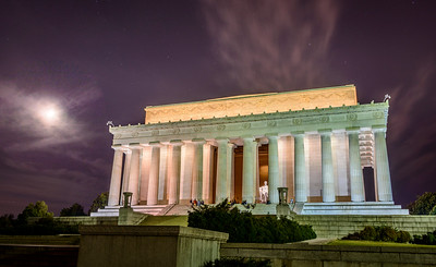 The Lincoln Memorial and a full moon