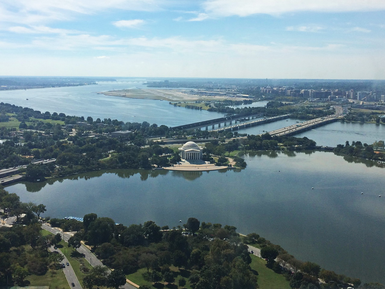 Potomac River and Jefferson Memorial