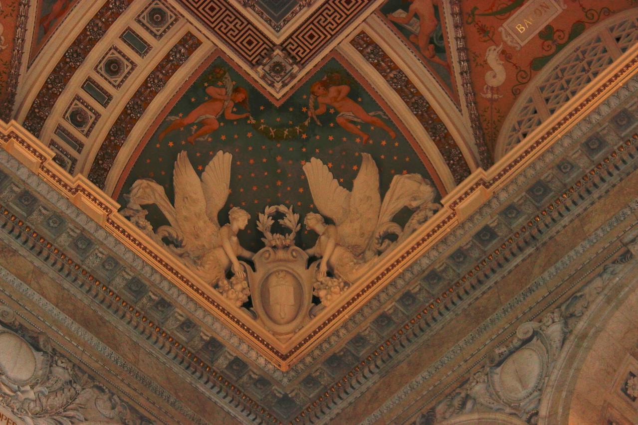 Ceiling Corner Decoration