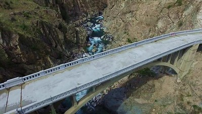 4 Chelan Falls and abandoned bridge