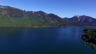 1 Cle Elum Lake in the Sun