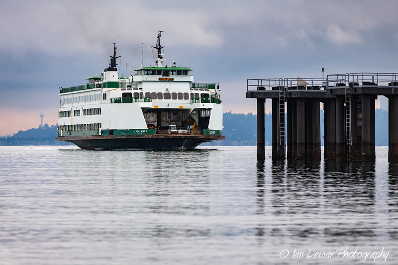 M/V Cathlamet approaches Vashon Island