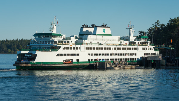 WSF Samish docked at Lopez Island