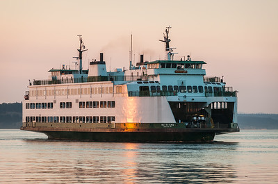 M/V Kittitas approaching Edmonds on an evening sailing