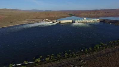 1 Approaching Wanapum Dam