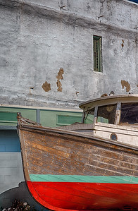 Under Repair: a boat in Port Townsend ... and a building