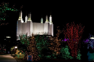 Festival of Lights at the Washington Mormon Temple