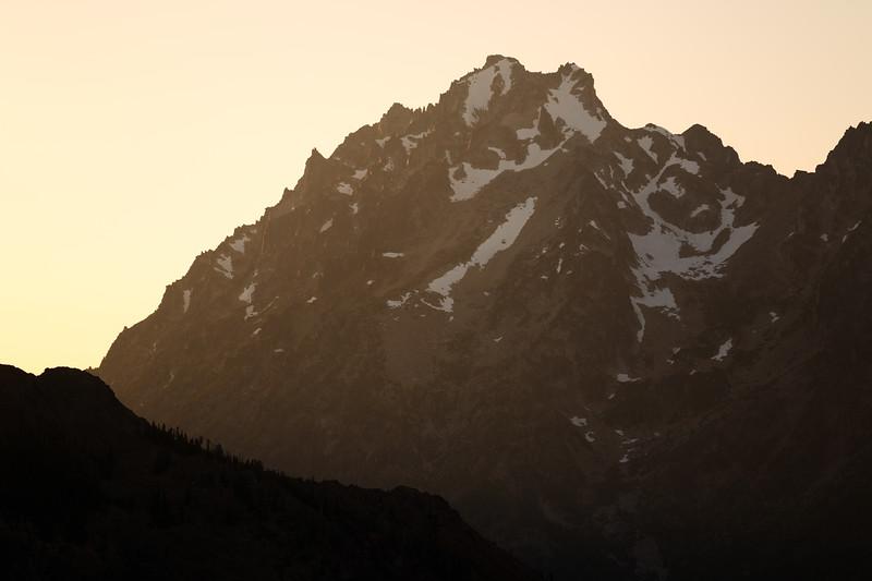 Kittitas, Bean Creek - Strong sidelight at sunset aginst Mt. Stuart