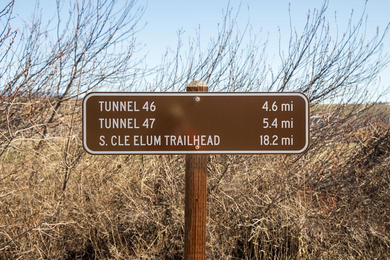 Kittitas, Thorp - Trail mileage sign on Palouse to Cascades Trail