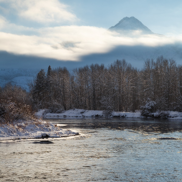 Leavenworth, Town - Bend in the river with distant mountain