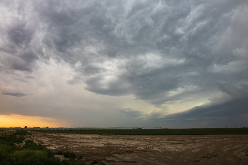 Columbia, Othello - Approaching supercell over farming equipment