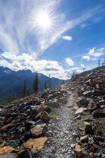Stuart, Ingalls - Trail to Ingalls Pass on a sunny day
