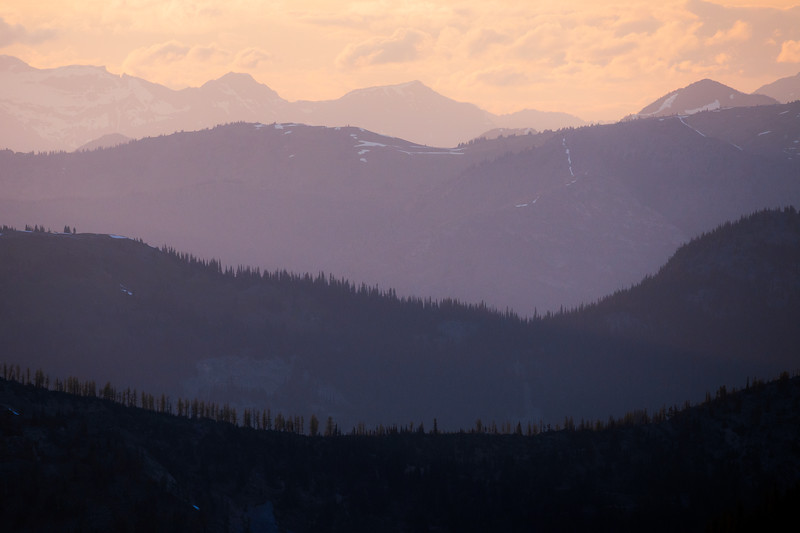Harts Pass, Slate Peak - Four prominent layers of ridges and forests at sunset