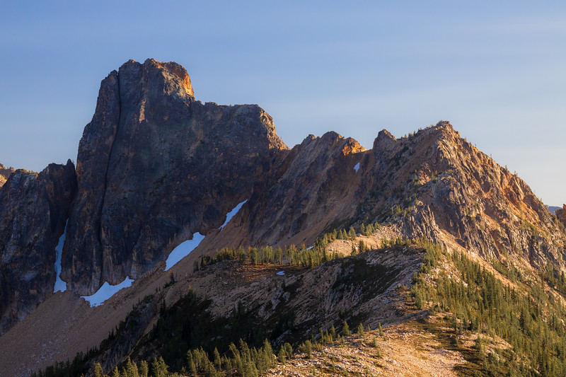 Rainy Pass, Cutthroat Pass - Alpenglow on side of ridge above Cutthroat Pass