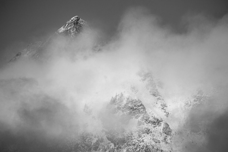 Rainy Pass. Maple Pass - Snow and ice and fog surrounding a distant peak